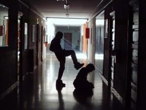 75953405_violencia_escolar